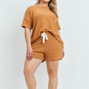 Camel Shorts Set